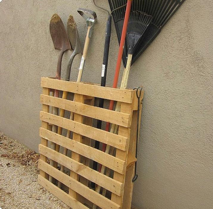 Arredamento da giardino in pallet gr design - Giardino pallet ...